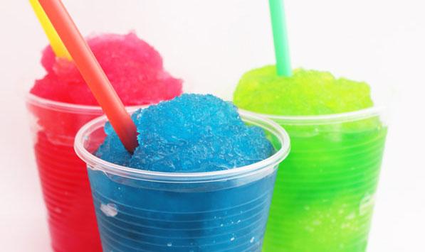 Slush Ice gibt es in diversen Farben und Geschmacksrichtungen